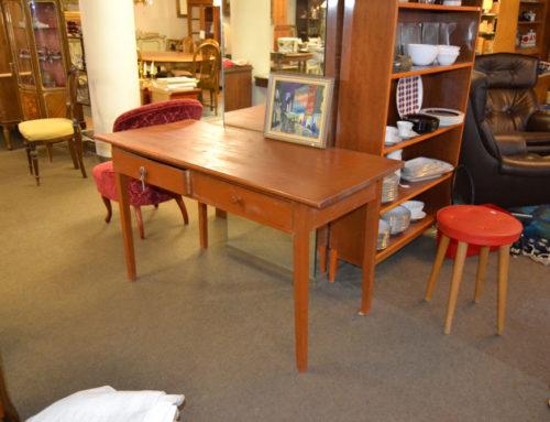 Skrivbord allmoge 2 lådor